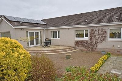 Ballochrae, 4 Grampian View, Coupar Angus PH13 9EW