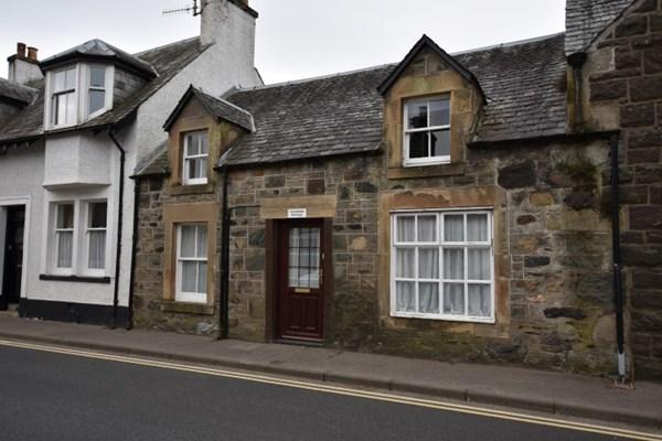Craigmore Cottage Dundas Street Comrie