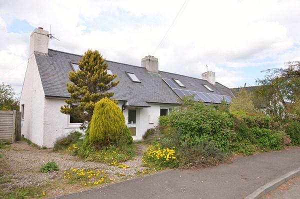 2 Nethermill Cottages Aberargie